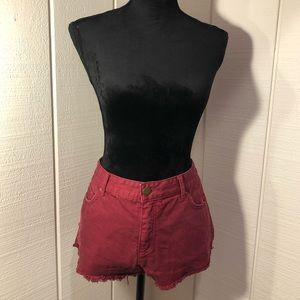 🍷Wine Red Ripped Jean Shorts🍷